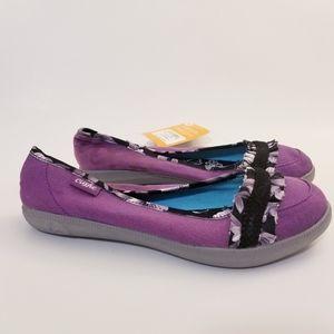 Cushe Hyper-Lite Pump Canvas Shoes, Size 9